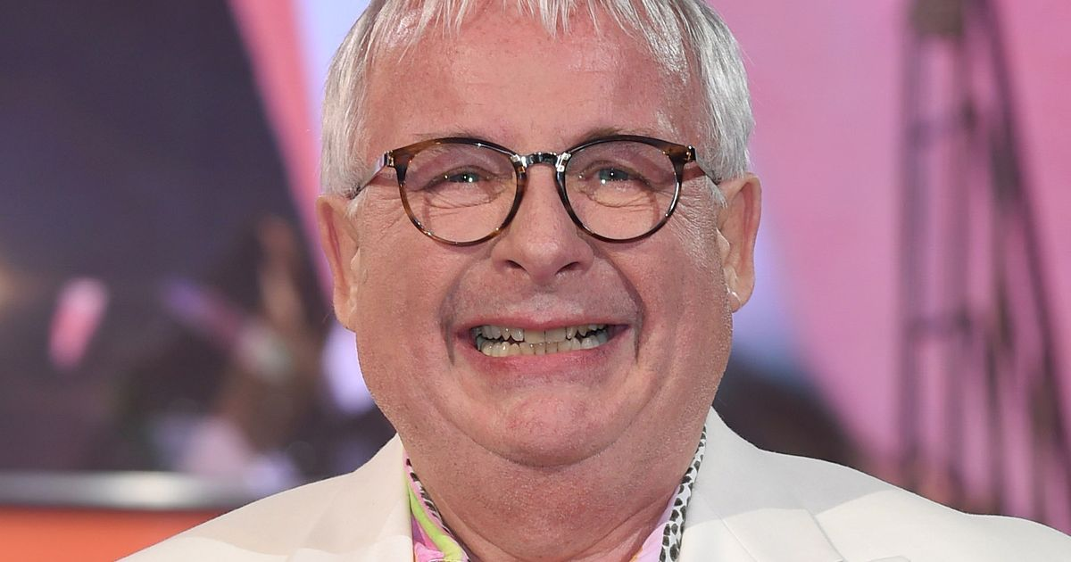 Christopher Biggins Robbed By Cyclist In A Hoody